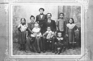 216,Łomża,rodzina p. Ogrodników,1913 r.